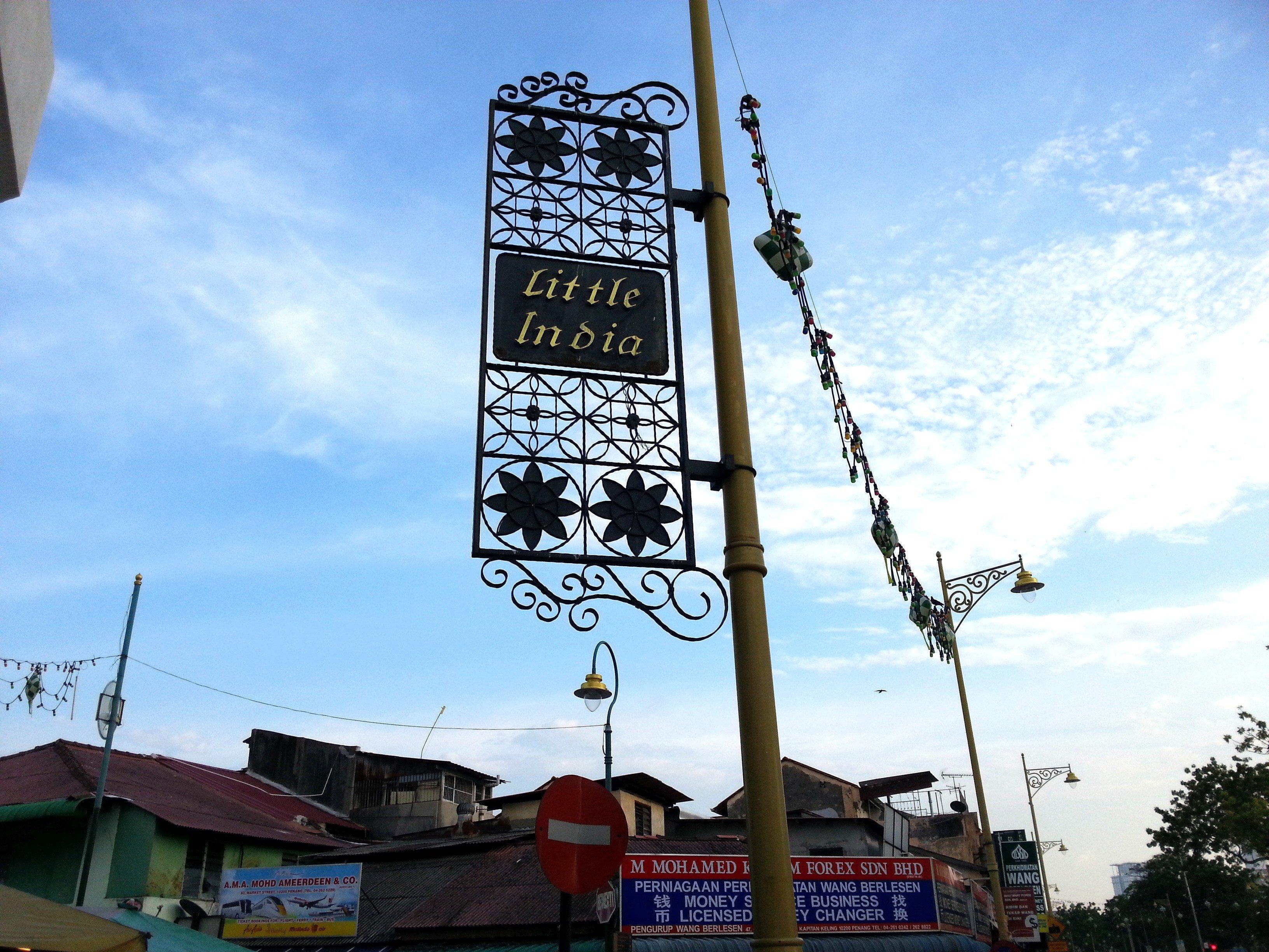Sign on the corner of Jalan Masjid Kapitan Keling and Lebuh Pasar