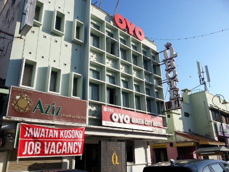 OYO 998 Queen City Hotel in Penang